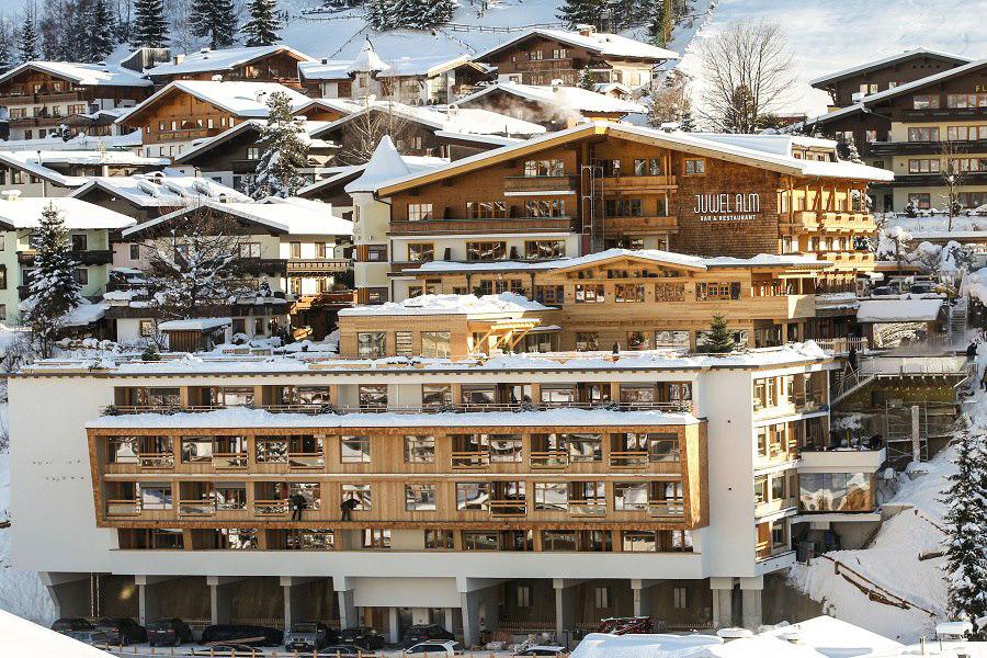 Hotel alpin juwel architekten moritz haselsberger for Design hotel daniel campanella